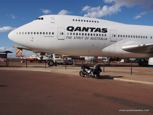 Qantas B747 at Longreach