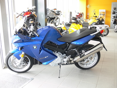 My F800ST in the showroom the day I took delivery