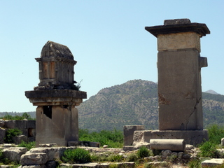 Tell tale tombs of Xanthos