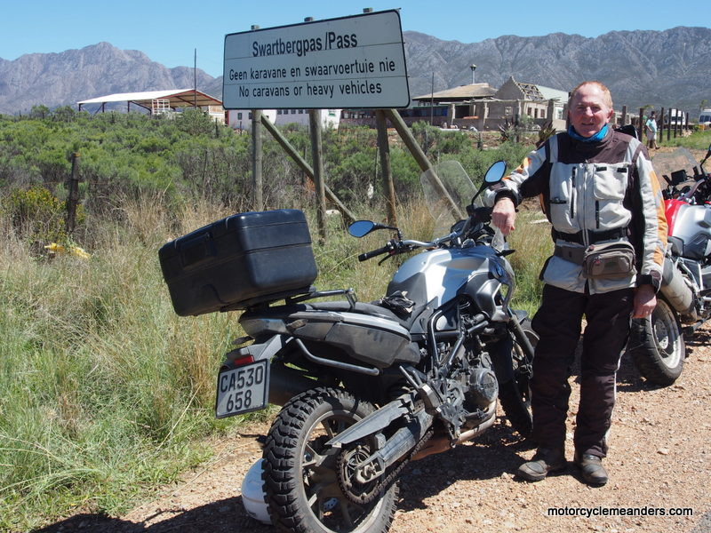 Start of Swartberg Pass