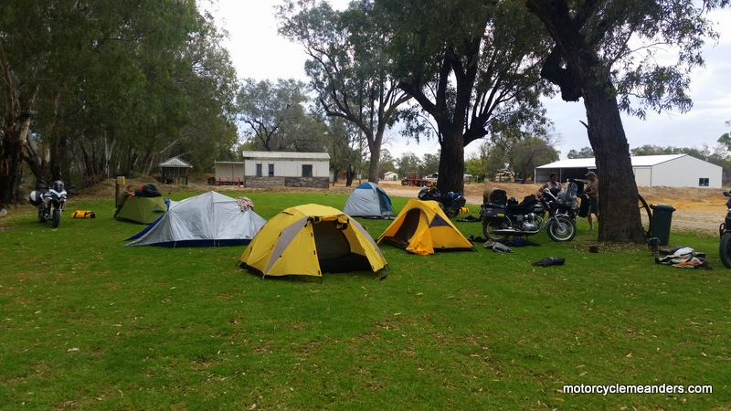 Peaceful camping on the Darling River