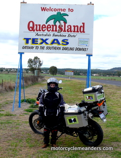 Dylan at Qld border town of Texas